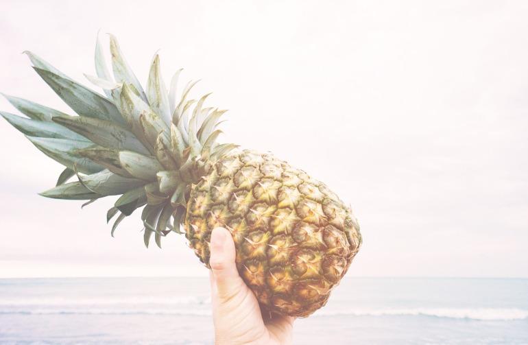 pineapple-918690_1920.jpg